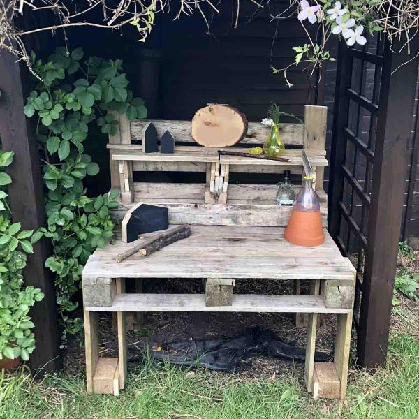 How to make your own basic mud kitchen