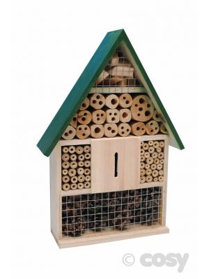 GOOD VALUE INSECT HOTEL