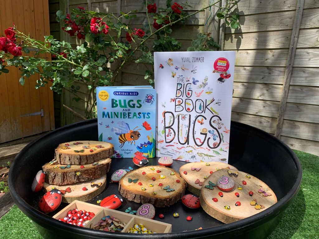 Counting bugs - spring tray play